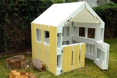Wooden pallets are the perfect size for building a small playhouse. For this simple design, you don't need much else besides a screwdriver!
