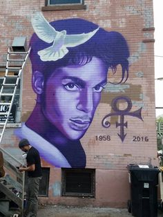 4/22/16: Mural of #Prince at #PaisleyParkStudio