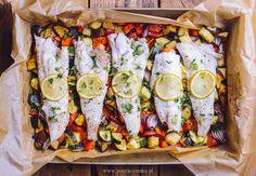 Ryba pieczona na warzywach Ratatouille, Fresh Rolls, Sushi, Main Dishes, Cooking, Ethnic Recipes, Inspire, Foods, Blog