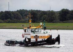 Beheer vanuit Dordrecht  22 september 2015 op de Nieuwe Waterweg bij Maassluis  http://koopvaardij.blogspot.nl/2015/09/beheer-vanuit-dordrecht.html