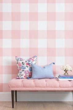 love the pink gingham!