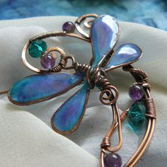 TUTORIAL Dragonfly in the Garden Beaded Wire Brooch or Pin. $9.00, via Etsy.