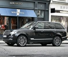 Range Rover Vogue >>