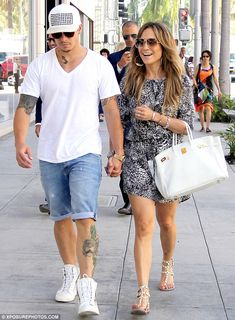 Seen on Celebrity Style Guide: Jennifer Lopez wore a snake skin print mini shirt dress from Khols and gold hoop earrings by Lana Jewelry in Beverly Hills on September 17 2013 Jennifer Lopez, Summer Outfits, Casual Outfits, Cute Outfits, J Lo Fashion, Womens Fashion, Celine, Valentino Rockstud Sandals, Celebrity Style Guide