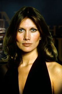 Andrea Anders - James Bond The Man with the Golden Gun  Actress:   Maud Adams via ᴘɪɴᴛᴇʀᴇsᴛ ||  @blackcheguevara ✊ ︻╦╤─