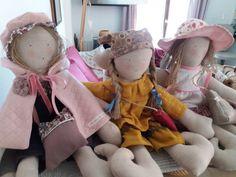 Le blog de Plume de lin - bienvenue dans mon petit atelier...des petits points....des aiguilles et de la patience..... Points, Patience, Blog, Chiffon, Big Hats, Welcome, Atelier, Buttons, Daughters