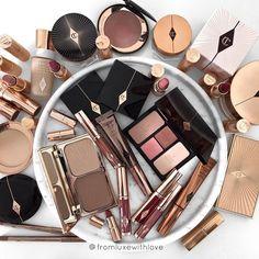 Pin on Italian Beauty Secrets Day Makeup, Makeup Blog, Skin Makeup, Beauty Makeup, Gold Makeup, Makeup Products, Flatlay Makeup, Charlotte Tilbury Makeup, Italian Beauty