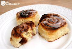 Cómo preparar los famosos cinnamon rolls américanos. Una deliciosa receta de rollitos de canela. Es fácil y rápida, perfectos para desayunar o merendar. Preparación paso a paso y fotos
