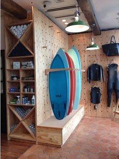 Kayak Storage Wall 59 Ideas For Wall Display Shelves Peg Boards Surfboard Storage, Surfboard Rack, Craft Room Storage, Wall Storage, Decoration Surf, Surf Store, Peg Wall, Regal Display, Kayak Storage Rack