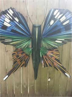 Click to close image, click and drag to move. Use arrow keys for next and previous. Palm Frond Art, Palm Tree Art, Palm Fronds, Palm Trees, Painted Leaves, Painted Rocks, Above Ground Garden, Bamboo Crafts, Shell Art