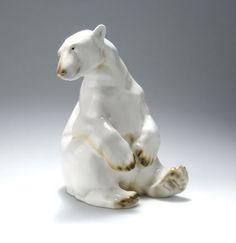 Sitting polar bear, 1913
