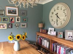 Living Room Painted in Farrow & Ball Oval Room Blue - 85 Living Room Color Schemes, Blue Color Schemes, Grey Furniture, Painted Furniture, Oval Room Blue, Room Colors, Paint Colours, House Colors, Blue Kitchen Decor