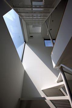 House at Komazawa by Atelier Hako Architects