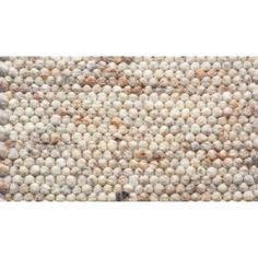Vloerkleed Greenland van Brinker Carpets is een uniek omkeerbaar handgeweven vloerkleed gemaakt van wol. Het vloerkleed Greenland wordt in Europa vervaardigd en is in vijf standaard maten verkrijgbaar. Naast de vijf standaard maten kan de Greenland in elk gewenst formaat op maat gemaakt worden, raadpleeg onze adviseurs naar de mogelijkheden.