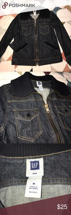 GAP beatnik rebel style denim jean jacket Kerouac You will be the envy of all the hep cats with this classic denim jacket. Very lightly worn and well cared for. Women's medium (Gap factory, but very substantial construction). It has an androgynous appeal and could go any way you choose to style it. (Snaps fingers as applause). Looks very nonchalant with the sleeves cuffed. Nonsmoking home. I love offers. 😎 GAP Jackets & Coats Jean Jackets
