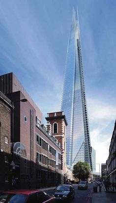 Image 3 of 14 from gallery of The Shard: London's Tallest Tower / Renzo Piano. Sketch by Renzo Piano Architecture Design, London Architecture, Futuristic Architecture, Amazing Architecture, Renzo Piano, The Shard London, Amazing Buildings, Unusual Buildings, Modern Buildings