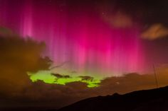 Southern lights: Amazing pink aurora seen in skies above New Zealand - Yahoo News