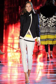 Sfilata Alexandre Vauthier Parigi - Alta Moda Autunno-Inverno 2014-15 - Vogue