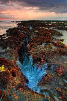Another Crack Of Manyar Beach by ManButur PHOTOGRAPHY on Flickr. Manyar Beach - Giayar, Bali, Indonesia.