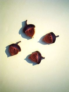 QUILLED QUILLING Autumn Fall ACORNS