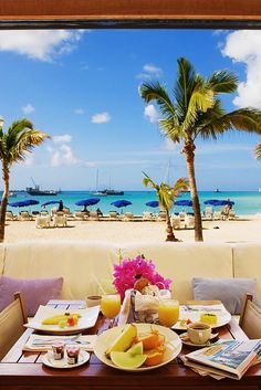 Enjoy an alfresco meal with family and friends where the views rival the food. #Jetsetter Holland House Beach Hotel (Saint Martin)
