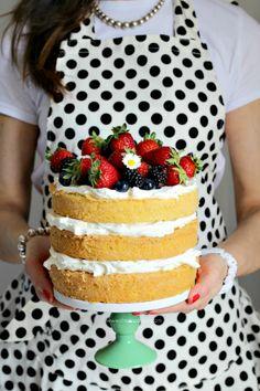 Sponge Cake con crema al mascarpone Coffee Sponge Cake, Sponge Cake Easy, Sponge Cake Roll, Vanilla Sponge Cake, Chocolate Sponge Cake, Sponge Cake Recipes, Strawberry Sponge Cake, Drop Cake, Tastemade Recipes