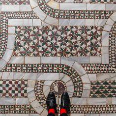 Venetian Floors: I T