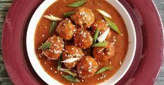Resep Sweet & sour chicken meatballs bola2 daging ayam asam manis favorit. Masih coba ngulik resep dari olahan ayam. Hampir mirip dengan resep saya kemarin tapi olahan kali ini lebih banyak rempahnya. Karena pemakaian rempah, makan harum masakan yang di hasilkan juga lebih keluar. Hidangan ini cocok untuk di santap selagi hangat, dan cocok pula di sajikan ketika ada acara di rumah sebagai jamuan makan para tamu Kelamaan ya crita ga penting nya, hehe Yuk di recook dan kasih tau pendapat...
