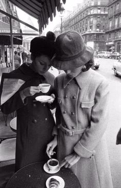 Cofee - Love this - portrait - a city - friendship
