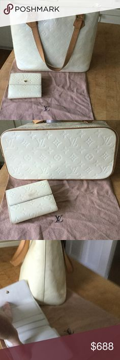 MATCHING Set! Louis Vuitton Vernis Tote And Wallet Gently pre-loved Cream (Perle) Med Tote w Matching Wallet. The Tote is top Zip and has tan leather handles & both have gold LV hardware. They are both in good shape with normal wear and tear. There are a few marks on both but nothing too noticeable, certainly not enough to not want to use them! I can take more pics upon request but my camera is too big to get much of the inside. They are both 100% authentic W LV Dustbags!) though and were…