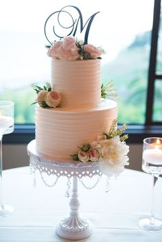 Simple Wedding Cake | Gorgeous spring wedding at Bel-Air Bay Club. The white and blush color palette created a crisp and clean look that paired beautifully with the Club�s breathtaking ocean views in Santa Monica, CA. The ceremony was lined with stunning