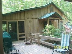 Cozy+cabin+nestled+in+woods+and+close+to+Downtown+Blue+Ridge!+++Vacation Rental…