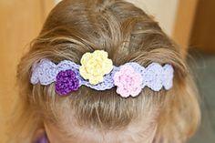 free crochet pattern  Pearly Girl Baby Headband pattern