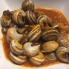 Spanish Kitchen, Spanish Cuisine, Spanish Food, Snails Recipe, World Recipes, Perfect Food, International Recipes, Bon Appetit, Seafood Recipes