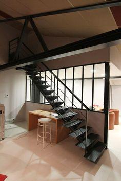 Esprit loft : une création des #escaliers #POTIER Divider, Stairs, Bed, Room, Furniture, Ideas, Design, Home Decor, Spa Bathrooms