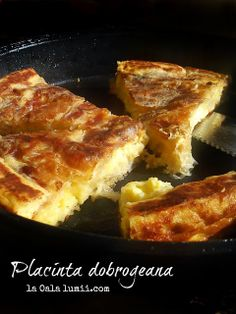 Placinta dobrogeana la tigaie (Dobrogea pie in a pan)-Mala's recipe European Dishes, Good Food, Yummy Food, Romanian Food, Pastry And Bakery, Miniature Food, Appetizer Recipes, Appetizers, Recipes