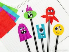 Make these little felt monsters for your school's Fall Fest or Halloween party for the perfect party favor!
