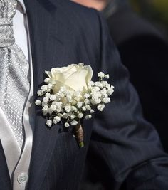 Wedding Suits, Diy Wedding, Wedding Gowns, Wedding Attire, Prom Flowers, Bridal Flowers, Rose Boutonniere, Boutonnieres, Flower Corsage