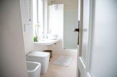 갑작스럽게 손님이 찾아온다면? 10분 안에 하는 욕실 청소 꿀팁 대방출! (출처 E.Park)