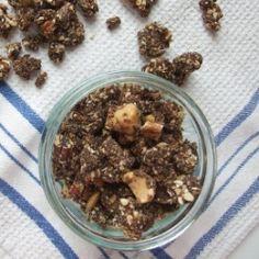 Crunchy Chocolate Granola. | Looksi Bite