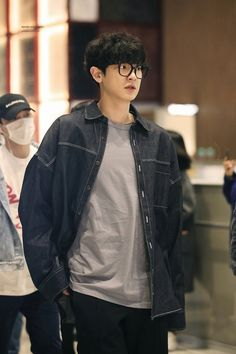 Chanyeol # fiction-fans of 12 engineering students who came from various cities were gathered in a boarding house in Jogjakarta. Baekhyun Chanyeol, Exo Chanyeol, Chansoo, Chanbaek, Kpop, Chen, Rapper, Luhan And Kris, Playstation