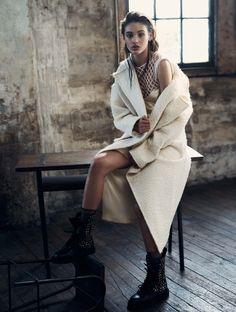Smile: Aleyna Fitzgerald in Elle Australia December 2016 by Georges Antoni