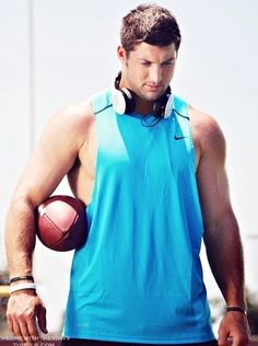 Tim Tebow= perfect guy in every way
