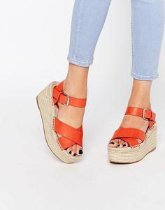 c9729a3e07398 Les 7 meilleures images du tableau Shoes sur Pinterest   Sandals ...