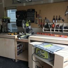 RYOBI NATION - Garage Workbench - Garage Workbench made from Ana White's roll away workbench system plans. Rolling Workbench, Table Saw Workbench, Woodworking Workbench, Woodworking Projects Diy, Woodworking Techniques, Woodworking Furniture, Green Woodworking, Japanese Woodworking, Unique Woodworking