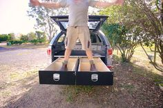37 Ideas truck bed storage system drawers for 2019 Truck Bed Storage Box, Truck Bed Drawers, Truck Bed Tool Boxes, Bed With Drawers, Tool Storage, Truck Cap Camping, Camping Gear, Backpacking, Pick Up