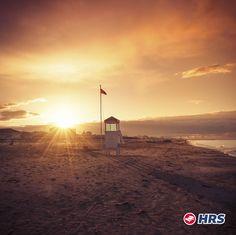 Erste Strandbesuche in diesem Jahr  Wie wäre es mit Sonne tanken an der #Adrianküste  am Strand von #Rimini ? Das 3-Sterne La Morosa #Hotel ist eine gemütliche Unterkunft direkt am Meer und bietet sich deshalb bestens für euren Aufenthalt an. Das Doppelzimmer bekommt ihr für nur 33€ inklusive Frühstück!
