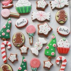 Icing for Christmas Cookies . the top 21 Ideas About Icing for Christmas Cookies . Holiday Cut Out Sugar Cookies with Easy Icing Sallys Christmas Sugar Cookies, Christmas Sweets, Noel Christmas, Holiday Cookies, Christmas Baking, Gingerbread Cookies, White Christmas, Whimsical Christmas, Gingerbread Men