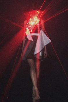 Laser dress by Hussein Chalayan Spring Summer 2008, engineered and programmed by Moritz Waldemeyer