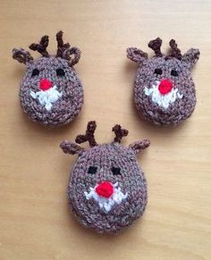 Free Knitting Pattern for Rudolph Brooch - Reindeer Christmas pin. Designed by Carolyn Whitlock
